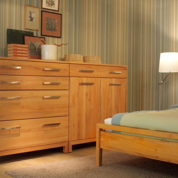 Schlafzimmer Lucca, Kommode in Kernbuche