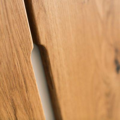 Nox Griffleiste auf der Holzfront