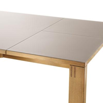 Magnum Tisch mit Glasplatte Detail