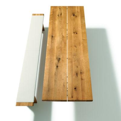 Draufsicht Tisch und Bank Nox, Eiche wild, Bank mit Lederbezug und Holzwangen, ohne Rückenlehne